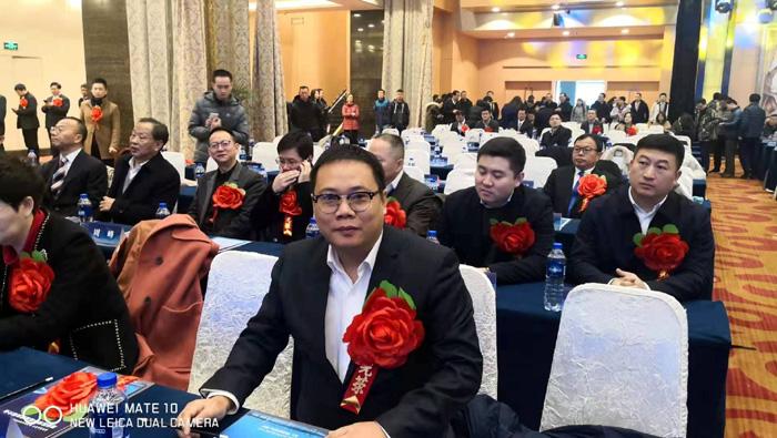 """路液创始人李庆辉获""""优秀中国特色社会主义事业建设者""""表彰"""